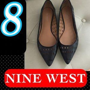 Sz 8 Nine West Pointed Toe Flats